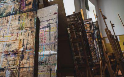 Ważna jest znajomość wolnego charakteru zawodu artysty – wywiad zEwą Pańczyk-Hałubiec